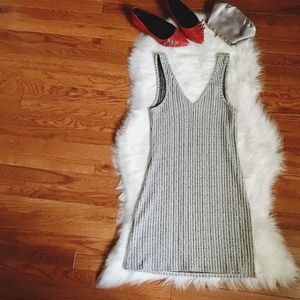 Topshop Dresses - Topshop Deep V Sequins Dress Size 6